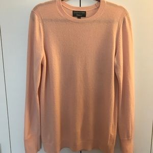 Banana Republic Large pink crewneck sweater